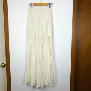 Windsor ivory lace maxi skirt Sz XS